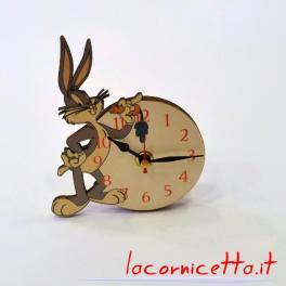 Personaggio Bugs Bunny il mitico coniglio con la carota orologio