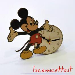 Topolino orologio Mickey Mouse personaggio immaginario dei fumetti