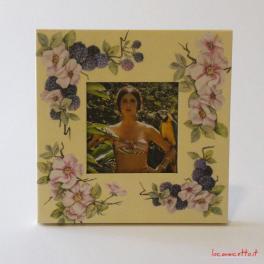 Portafoto idea regalo di forma quadra in legno realizzati a mano