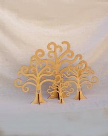 Albero della vita in legno con piedino e cuore foto vetrina principale. Laboratorio Artigianale lacornicetta.it