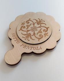 Sottopentola in legno, attrezzo da cucina con incisione parte centrale del cerchio porta pentola attrezzo 15x20 cm