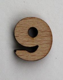 Numero piccolo 2x2 Cm cifra 9 in legno per arti creative hobby decoro addobbo. Laboratorio Artigianale lacornicetta.it