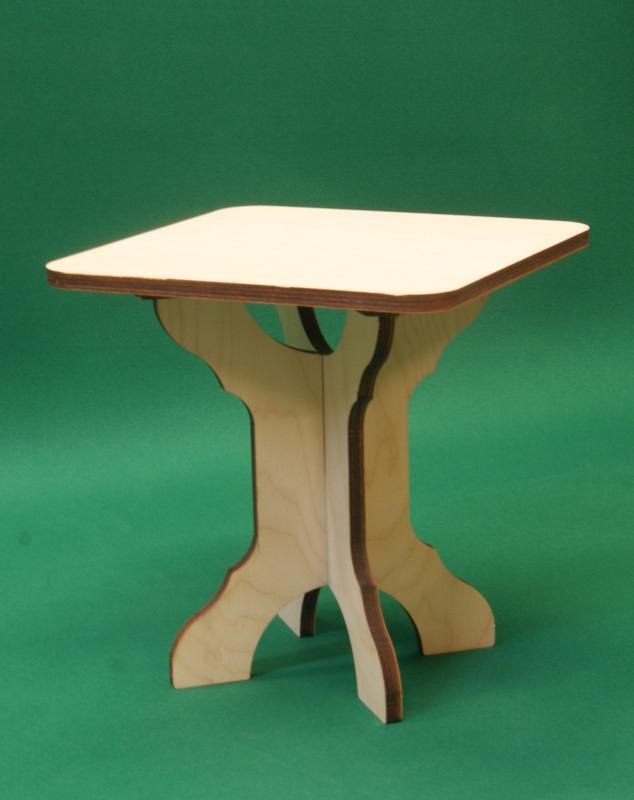 Sgabello basso in legno assemblabile h 30,5 cm composto di 3 parti 4 Piedi. Laboratorio Artigianale lacornicetta.it