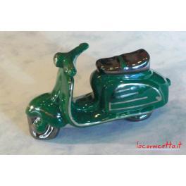 Lambretta colore verde in ceramica decoro platino collezione