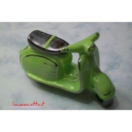 Lambretta colore verde prato in ceramica finitura platino